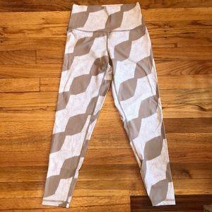 Aerie tan and white striped 7/8 leggings